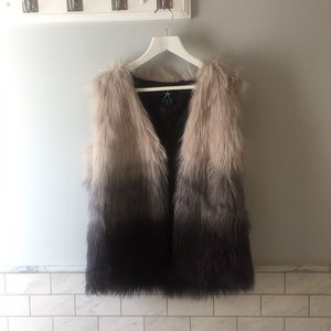 Faux fur gray/black ombré vest